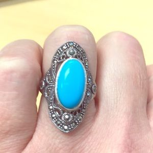 Amazing clean turquoise ring